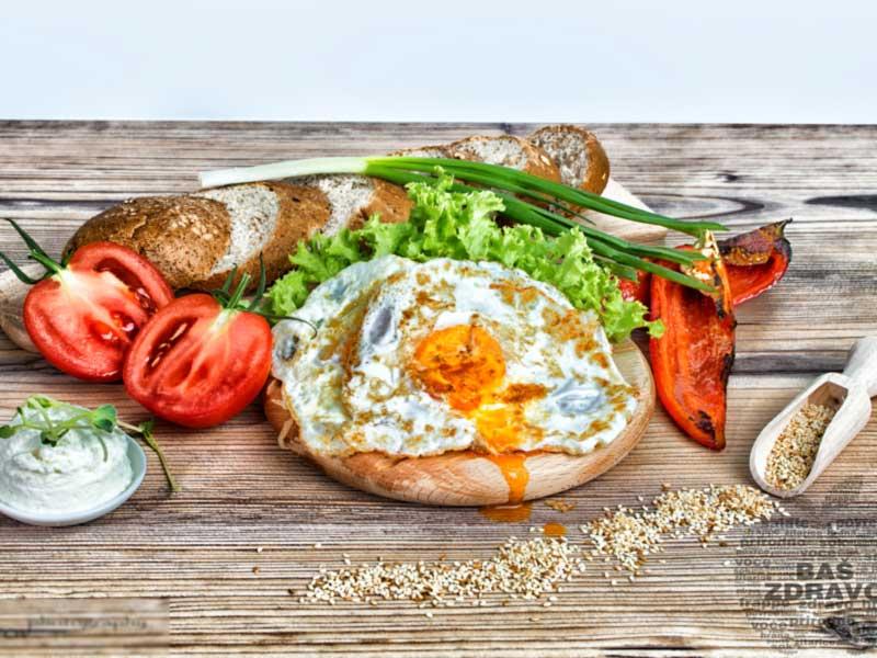 Sendvič sa paprikom i jajima dostava