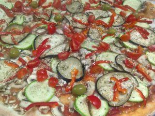 Specijal pica dostava