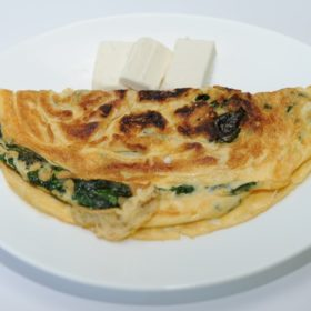Omelet with spinach and cheese delivery