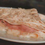 Pancake ham, cheese, sour cream