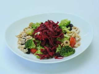 Salad with beetroot delivery