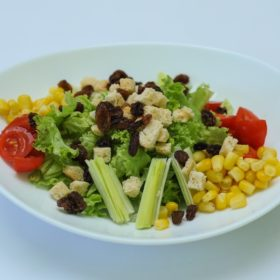 Salad with leek and raisins delivery