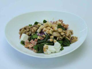 Salata sa spanaćem I piletinom dostava