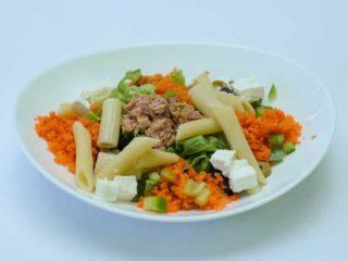 Salata sa tunjevinom I testeninom dostava
