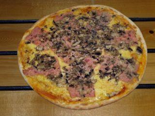 Capriciosa Balkanika pizza sandwich bar delivery