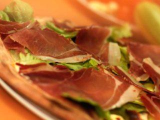 Pizza Prosciutto ama fichi Pomodoro dostava