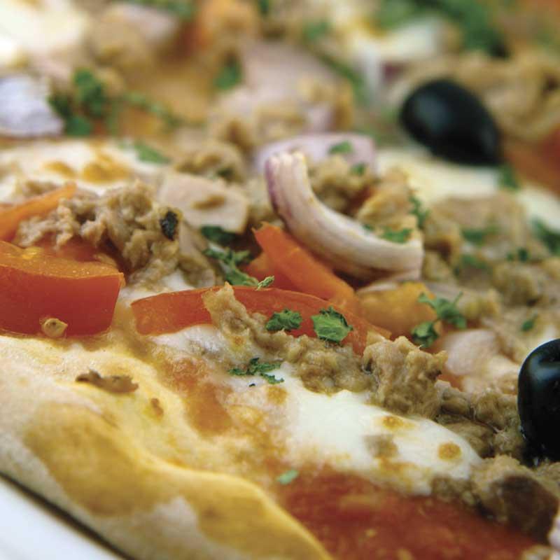 Pizza Tonno dostava