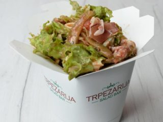 Pomodoro salad Trpezarija salad bar delivery