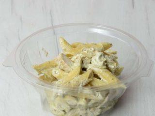 Pasta Genovese Trpezarija salad bar delivery