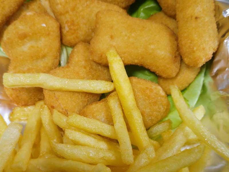 Chicken nuggets + pomfrit + Debeljko sos + lepinja dostava