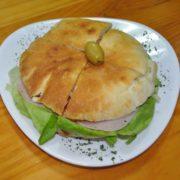 Pizza-sandwich ham