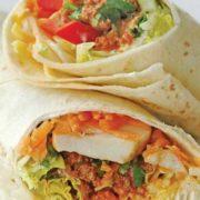 Burrito grande sandwich with minced meat