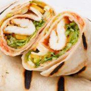 Burrito grande sandwich with chicken fillete
