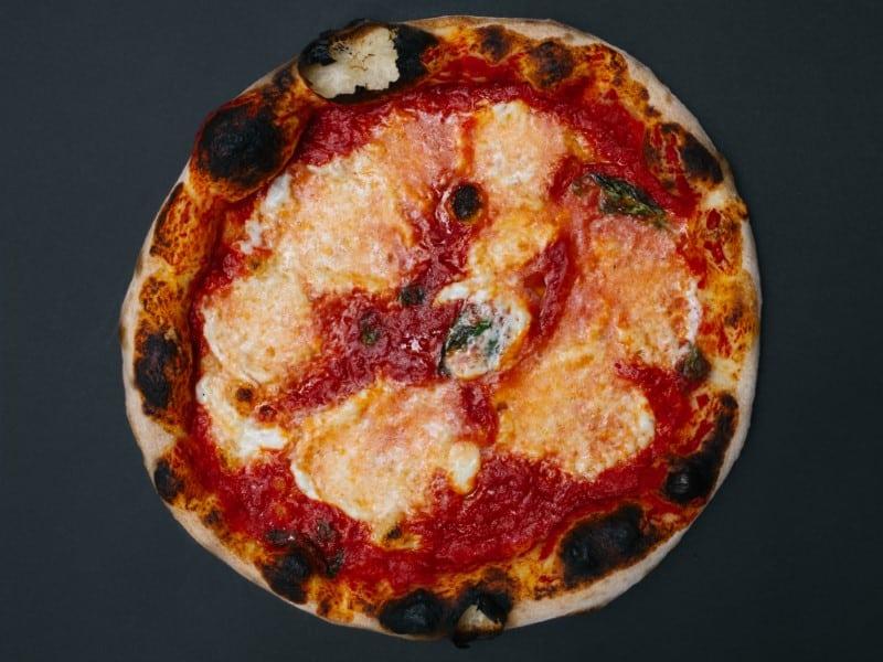 Margarita bufala dop klasik pica dostava