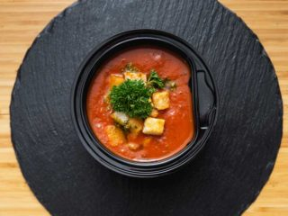 Tomato broth with aromatic cubes delivery