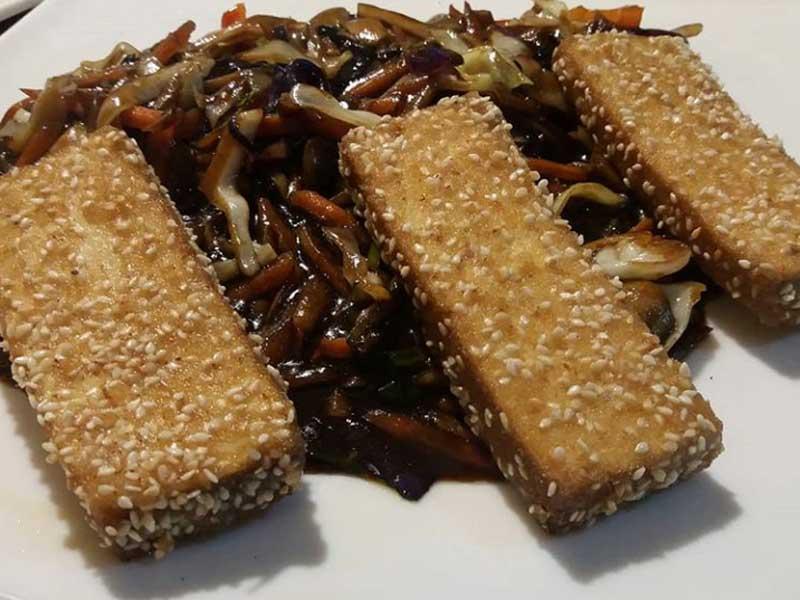 Pohovani tofu sa povrćem dostava