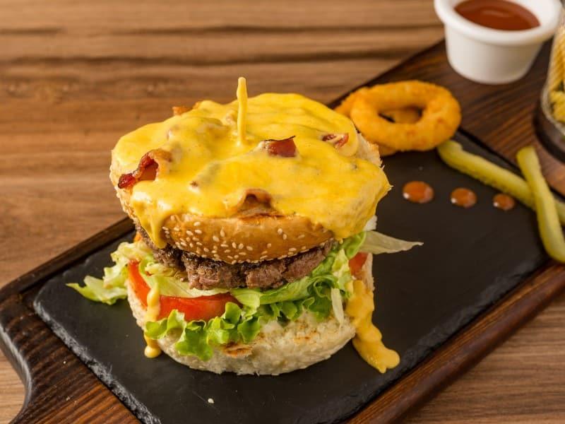 Extra Cheddar sauce Burger dostava