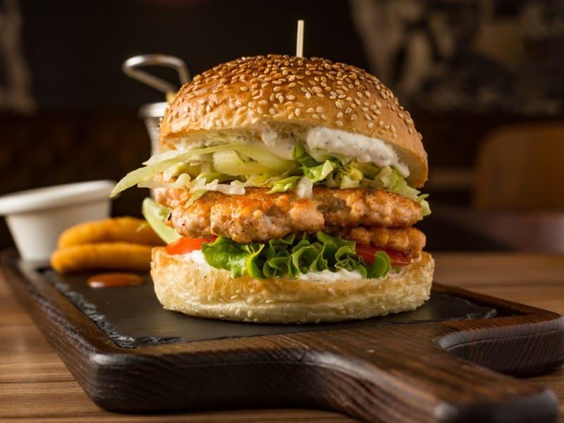 Tartar Salmon Burger delivery