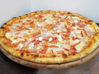 Greek pizza Verona Cut delivery