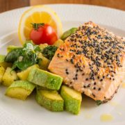 Grilled salmon with spinach and zucchini