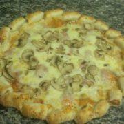 Wurstel pizza