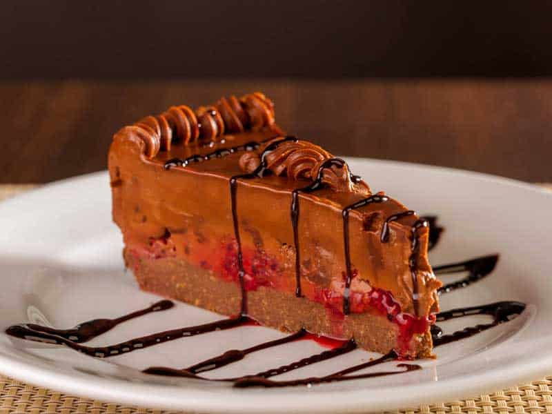 Chocolate cake with raspberry delivery