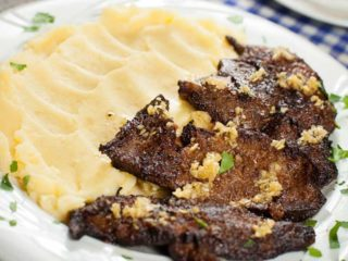 Pork liver with mashed potato delivery