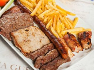 Mixed meat with French fries delivery