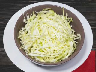 Cabbage salad dostava