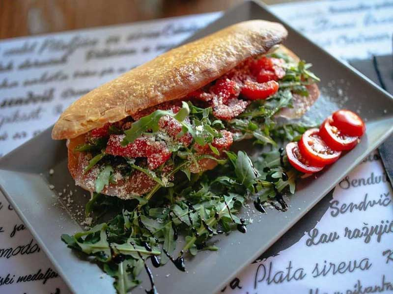 Mediteran sendvič dostava