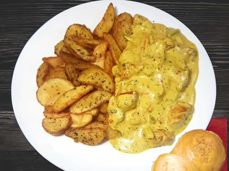 Piletina sa povrćem u kari sosu, salaški krompir dostava