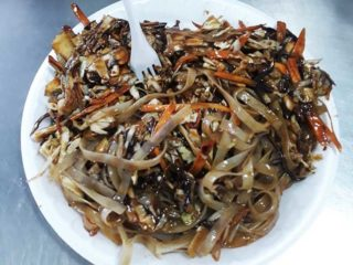 Fried noodles with vegetables in sauce delivery