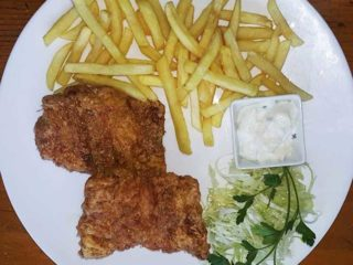 Wiene steak wuth French fries dostava
