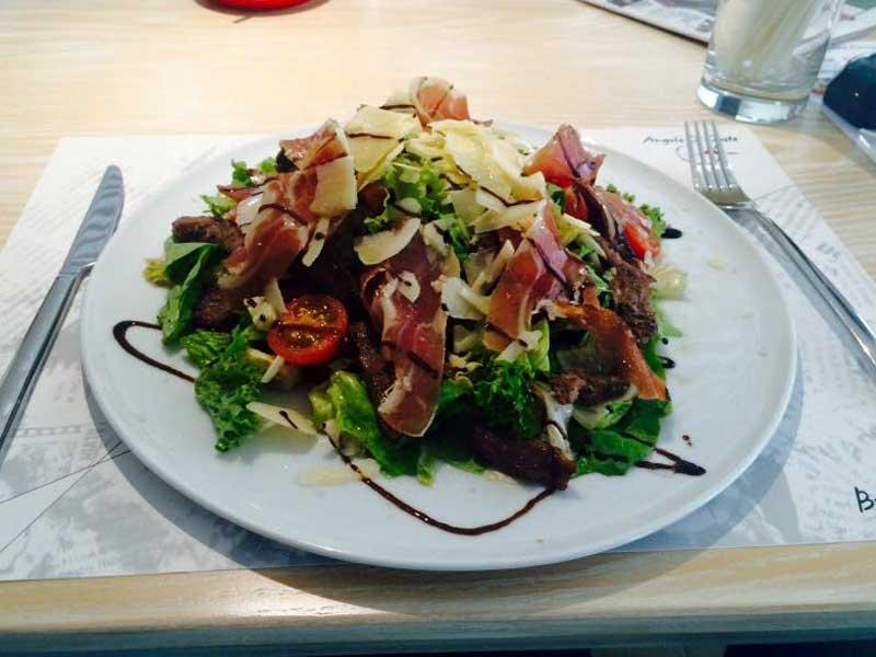 Beef salad delivery
