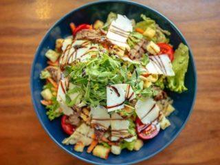 Beefsteak salad delivery
