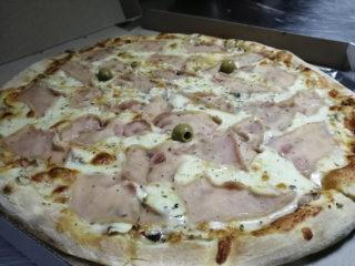Pizza Capricciosa delivery