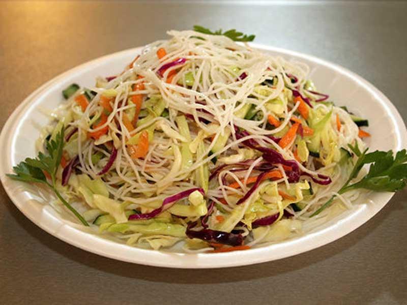 Salata sa nudlama dostava