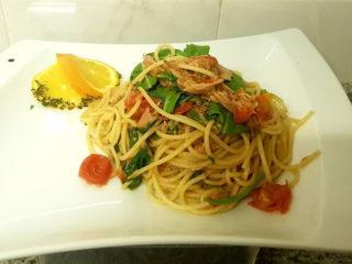 Spaghetti Tonno Divino delivery