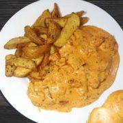 Piletina u kulen sosu sa salaškim krompirom