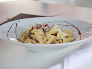 Prosciutto pasta Restoran Vespucci dostava