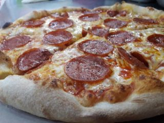 Pizza Pepperoni dostava