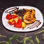 Chicken in prunes sauce