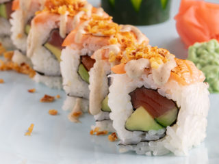 Crunch salmon roll delivery