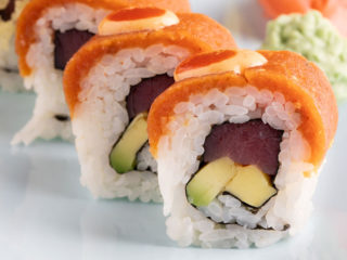 Spicy tuna roll dostava