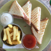 Toast sandwich ham