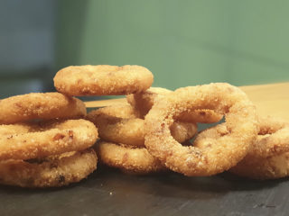 Onion rings 10kom Foodić dostava