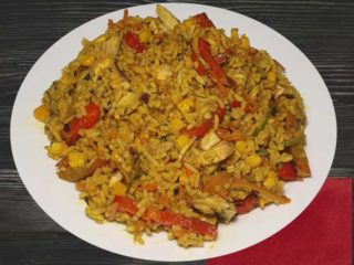Risotto with vegetables in curry sauce dostava