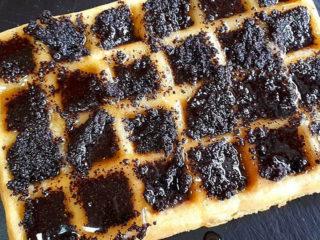 Retro premium waffle delivery