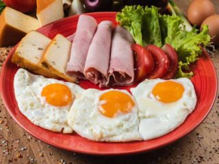 Fired eggs with ham delivery
