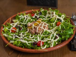 Tuna salad Kum delivery